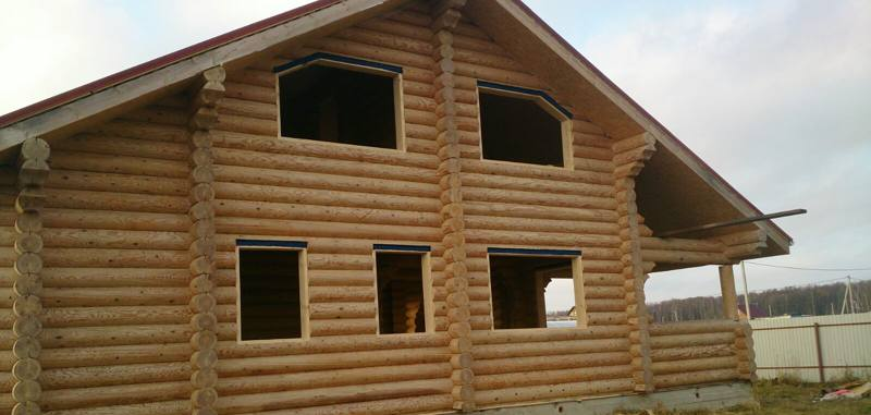 Изготовление обсады, окосячки в деревянном доме.