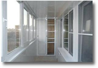 Станет ли теплее на балконе после остекления?
