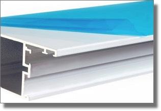 Как снять защитную пленку с пластикового окна?