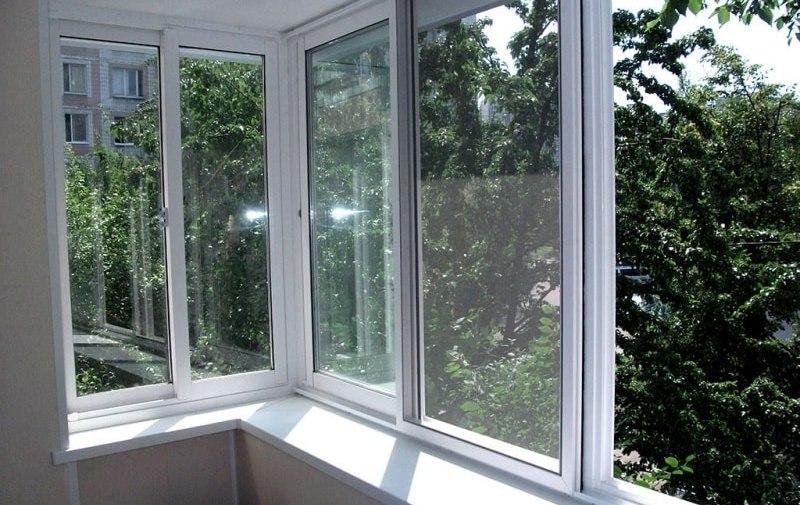 Пластиковые окна для балкона — какие выбрать №3