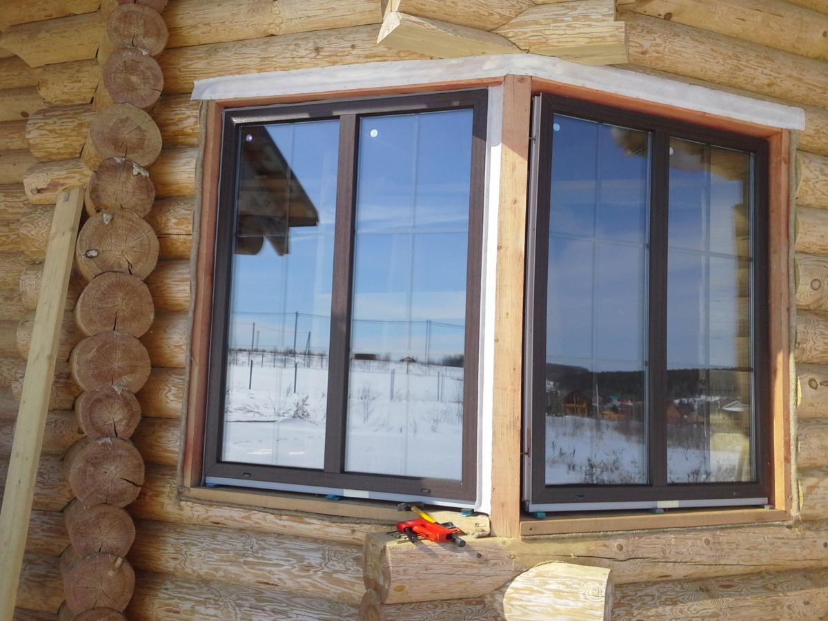 обсада окосячка оконных проемов в деревянном доме для пластиковых окон