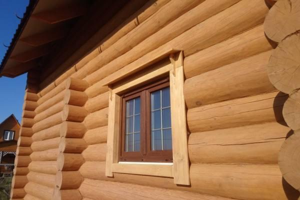 Наличники на окна в деревянном доме №2