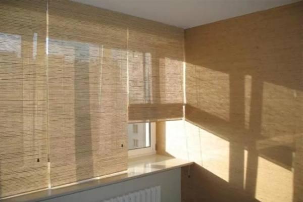Жалюзи на балкон или лоджию №13