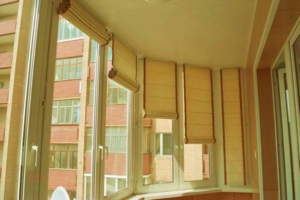 Жалюзи на балкон или лоджию №17