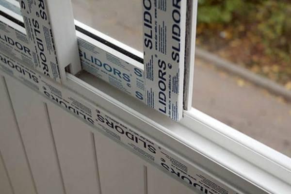 Холодное остекление балконов: преимущества и виды конструкций №4
