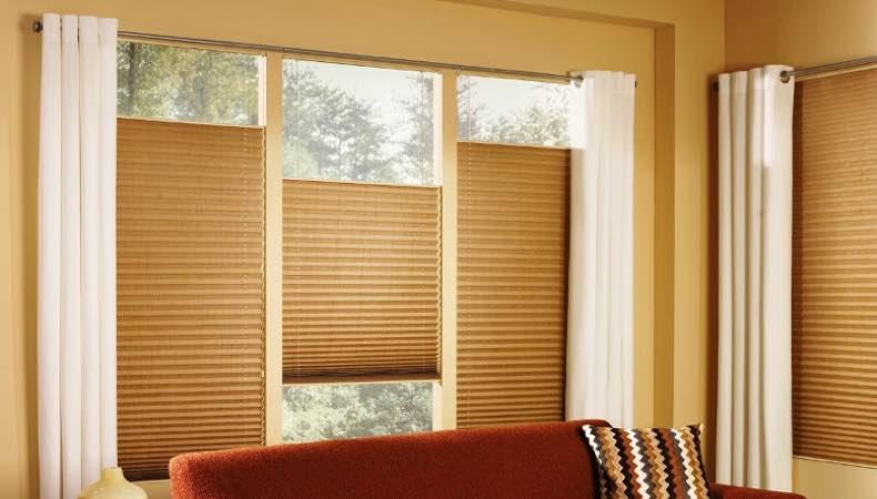 Современный элемент декора окна – шторы плиссе