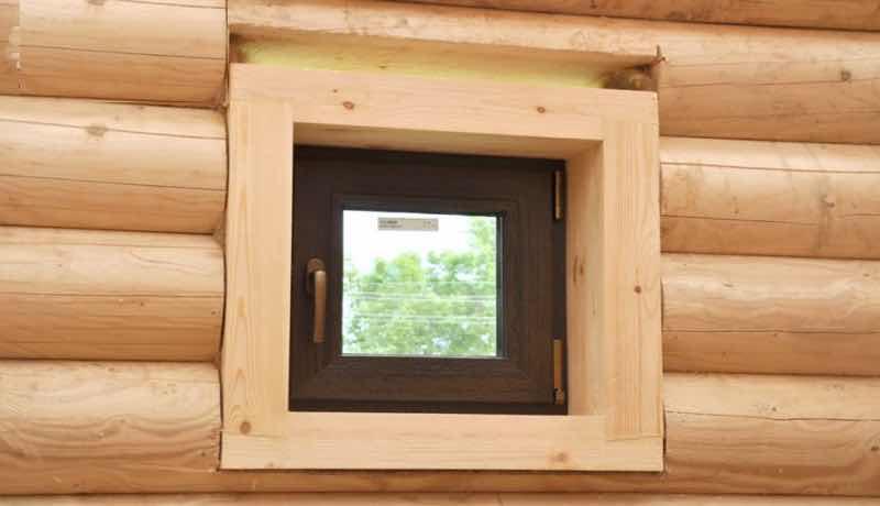 окосячка маленьких проёмов в деревянном доме